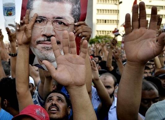 مصر همچنان به دنبال رئیس دولت موقت
