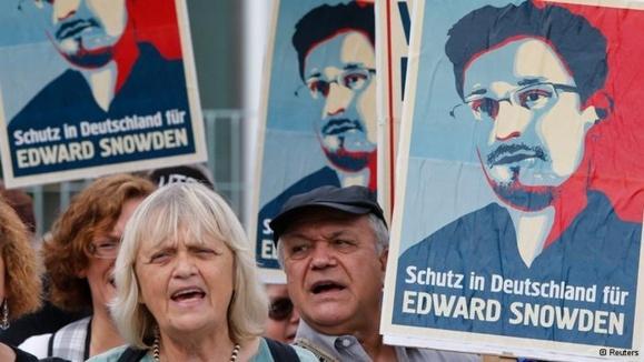 اسنودن رسما از ونزوئلا درخواست پناهندگی کرد