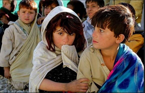 افغانستان پیشتر از ایران انتشار کتابهای درسی به زبان قومیتها را شروع کرد