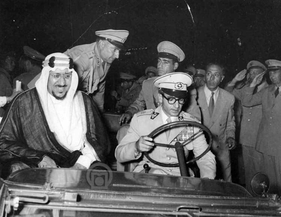 رابطه ایران و مملکت عربی سعودی متاثر از رابطه این دو کشور با دیگر کشورهای منطقه از جمله بحرین و یمن است