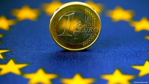 اقتصاد حوزه یورو پس از ۱۸ ماه از رکود خارج شد