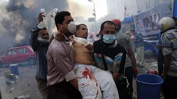 """تعداد قربانیان """"جمعه خشم"""" در مصر از مرز هفتاد تن گذشت"""
