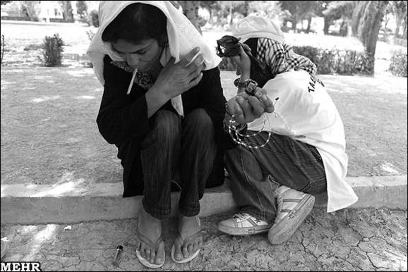 افزایش مصرف کوکائین و حشیش در میان زنان ایران
