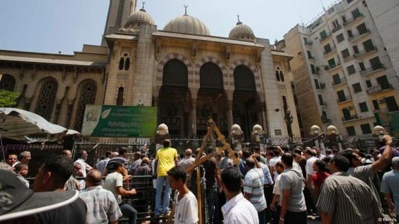 هشدار ناظران: مصر در آستانه جنگ داخلی است