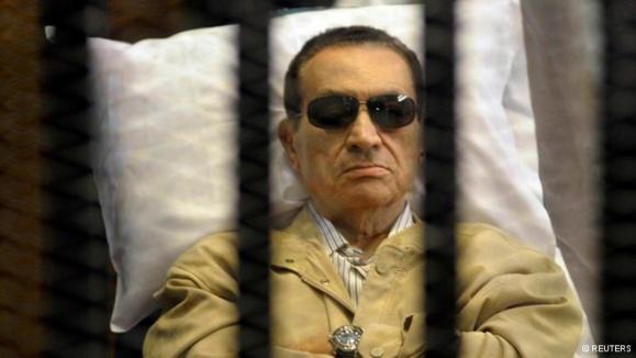 حکم آزادی حسنی مبارک از سوی دادگاه صادر شد