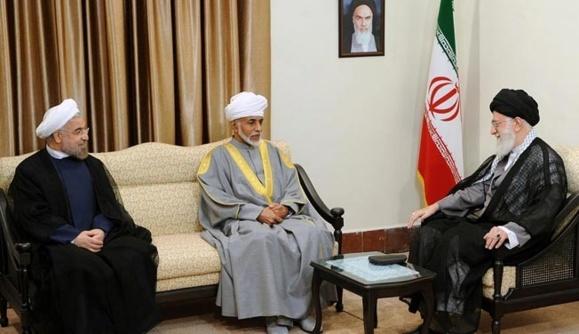 آیا سلطان قابوس پادشاه عمان، حامل پیام آمریکا بود؟
