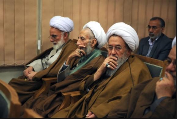 آمادگی نمايندگان مجلس وخبرگان رهبری ایران برای رفتن به جبهه سوریه