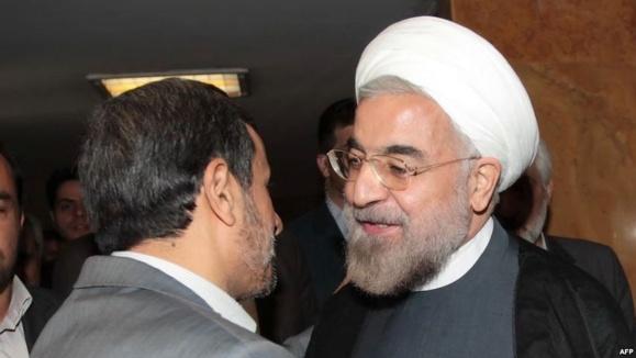 فرق روحانی با احمدینژاد: «فرق کوکا با پپسی»