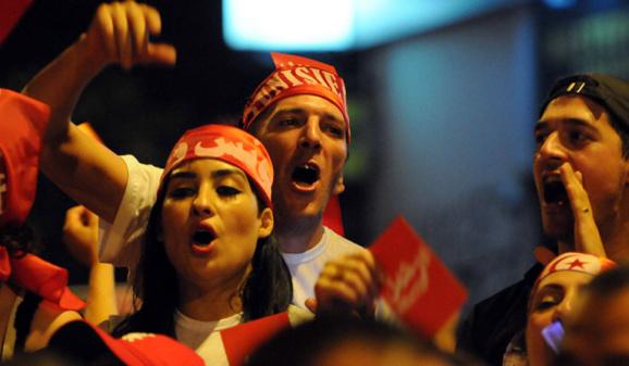 موافقت اسلامگرایان برای واگذاری قدرت در تونس