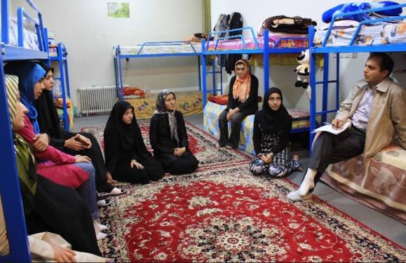 عکس آرشیوی از خوابگاه دانشجوی دختر در همدان