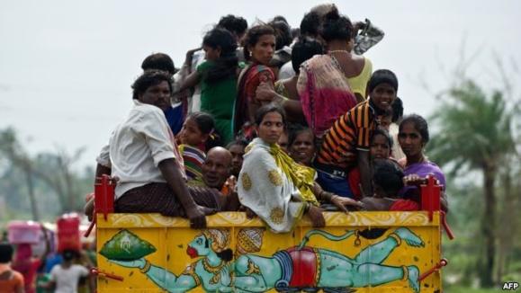 تخلیه گسترده شهروندان هندی از محل گردباد