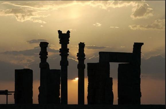 تاریخ سازی وجعلیات اساتید یهودی دانشگاههای غرب و ناسیونالیسم فارس از «تخت جمشید»!