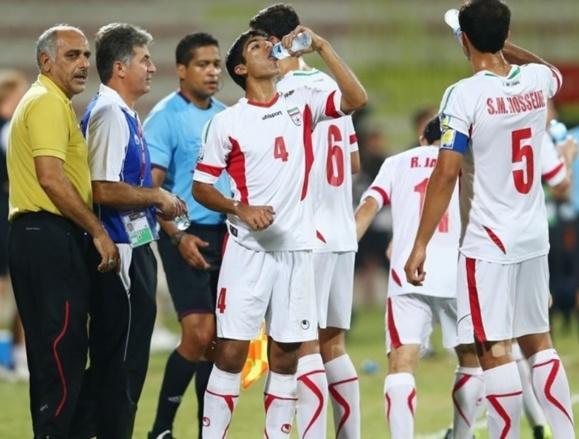 حذف ایران از جام جهانی در پی شکست سنگین تیم فوتبال نوجوانان ایران از نیجریه