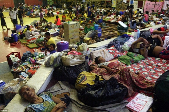 """توفان سهمگین """"هایان"""" فیلیپین را درنوردید"""