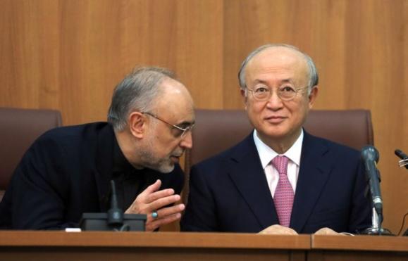آمانو بعد از ترک ایران: ايران باید درباره تحقيق بر روی تسلیحات هستهای توضیح دهد