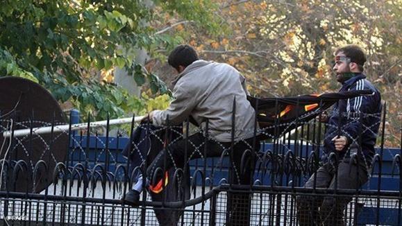 کاردار غیرمقیم بریتانیا از تهران دیدار میکند