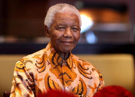 """مرگ """"اسطوره آزادی""""؛ نلسون ماندلا در ۹۵ سالگی درگذشت"""