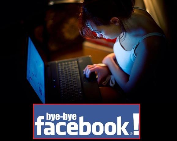 هشت(۸) دلیل برای ترک فیسبوک: از چشم و هم چشمی تا فشار روحی، اتلاف وقت و بی نظمی