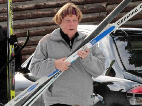 صدراعظم آلمان در پیست اسکی دچار سانحه شد