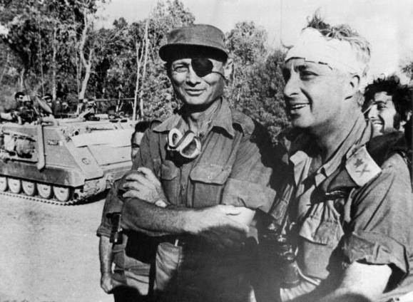 آریل شارون، نخست وزیر پیشین اسرائیل، پس از هشت سال کما، امروز شنبه، در ٨۵ سالگی در بیمارستان درگذشت.