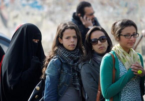 آغاز همه پرسی قانون اساسی جدید در مصر در غیاب هواداران گروه اخوان المسلمین