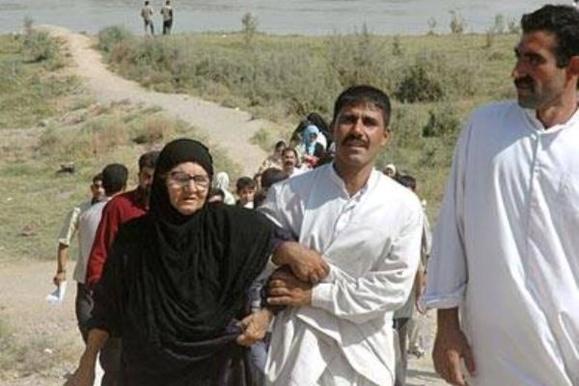 نیروهای دولتی عراق به حملات هوایی به فلوجه و رمادی دست زدند