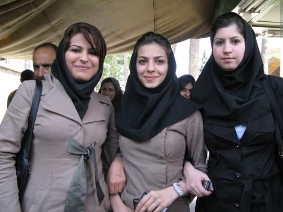 بیکاری زنان در ایران دو و نیم برابر مردان است