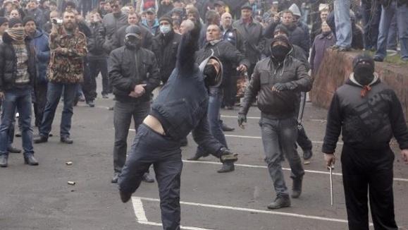 اوکراین همچنان در آتش بحران میسوزد
