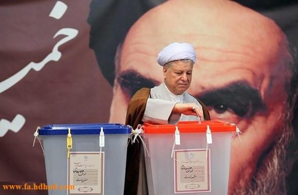 کروبی: از زمان فوت امام، تمامی انتخابات در ایران مهندسی می شد