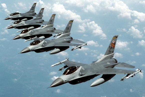 نیروی هوایی عراق به اولین جنگنده اف ۱۶ مجهز میشود