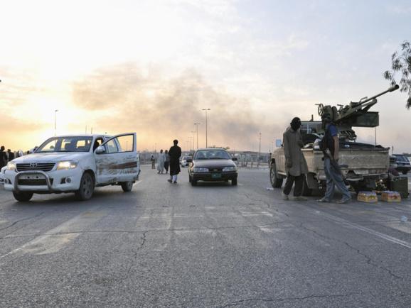 پالایشگاه مهم بیجی به تصرف انقلابیون عراق در آمد+ویدئو