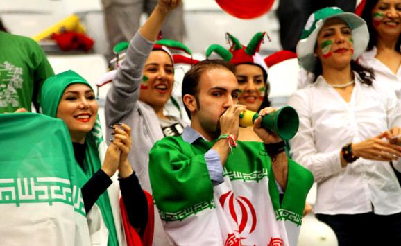 مرگ یک تماشاگر تبریزی از فرط شادی پس شکست ایران از بوسنی