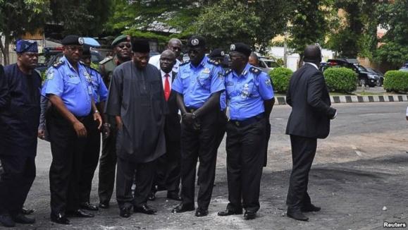 حملات به روستاییان و کلیسایی در نیجریه دهها قربانی گرفت