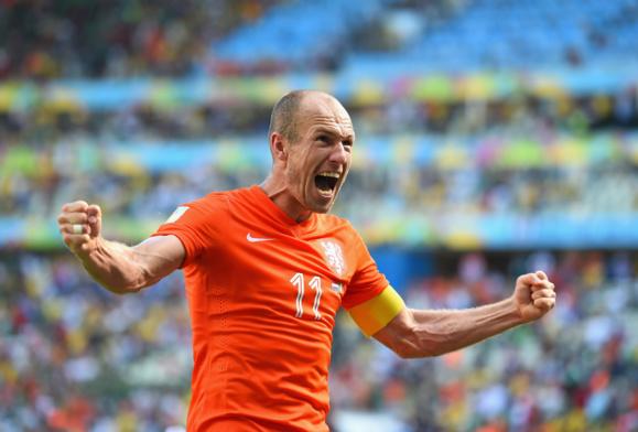 صعود هلند در پی پیروزی بر کوستاریکا در ضربات پنالتی