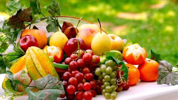 مصرف بیرویه میوهها هم باعث ابتلا به اضافه وزن می شود