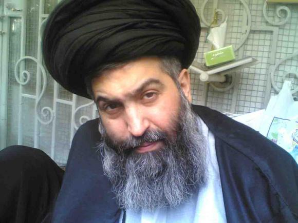 آیتالله بروجردی مرجع مخالف سیاستهای تهران درغل و زنجیر و زیرشکنجه