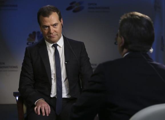 ادعای مدودف در مورد انصراف امریکا از سرنگونی اسد