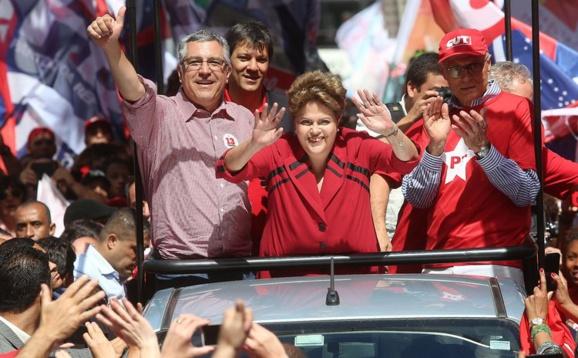 دیلما روسف سیاستمدار چپگرای برزیل برای دومین بار بعنوان رئیس جمهور انتخاب شد