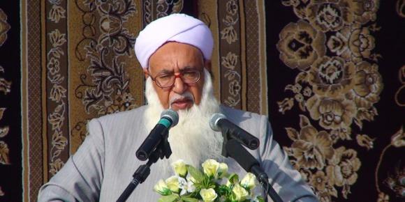 مولانا محمد حسین گرگیج امام جمعه اهل سنت اسید پاشی به بهانه نهی از منکر را محکوم کرد
