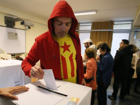 اکثریت رایدهندگان خواستار استقلال کاتالونیا از اسپانیا شدند