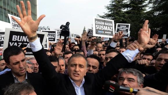 کارت زرد اتحادیه اروپا به ترکیه پس از دستگیری گسترده روزنامهنگاران