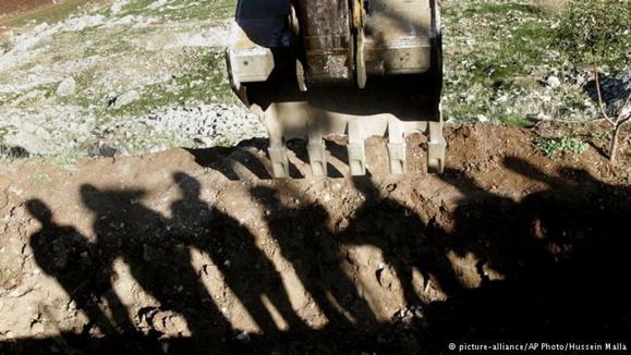 کشف ۲۳۰ جسد در یک گور جمعی در سوریه