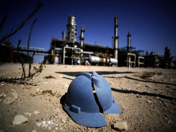 درگیریهای خونین بر سر تصاحب پایانههای نفتی در لیبی