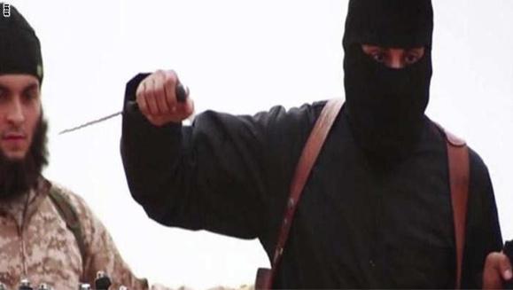 "ویدیوی قتل دو ""جاسوس روس"" توسط یک پسربچه عضو ""دولت اسلامی"""