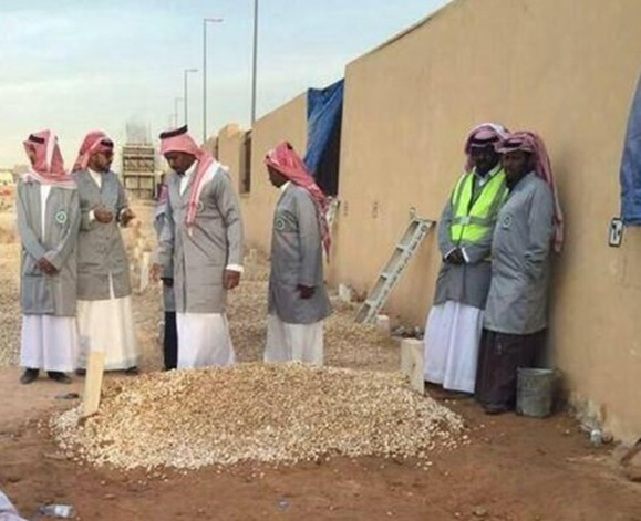 قبر شاهزاده عبدالله بن عبدالعزیز پادشاه سعودی
