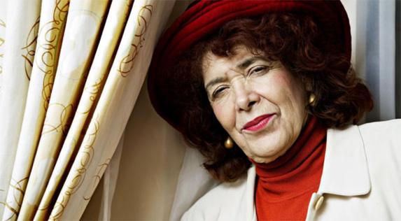 آسیه جبار، نویسنده مشهور عرب ومدافع حقوق زنان مسلمان درگذشت