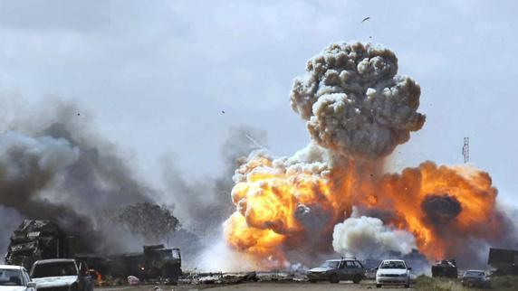 در انفجارهای شرق لیبی دهها نفر کشته شدند