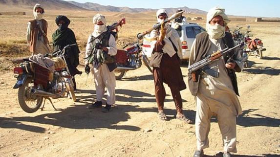 افراد ناشناس ۳۰ مسافر را در بزرگراه کابل-قندهار ربودند
