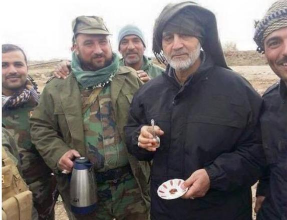 قاسم سلیمانی پس از ورود به شهر تکریت عراق