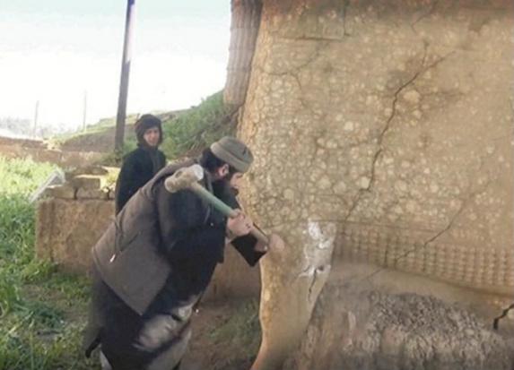 داعش در حال نابودی شهر باستانی نمرود است